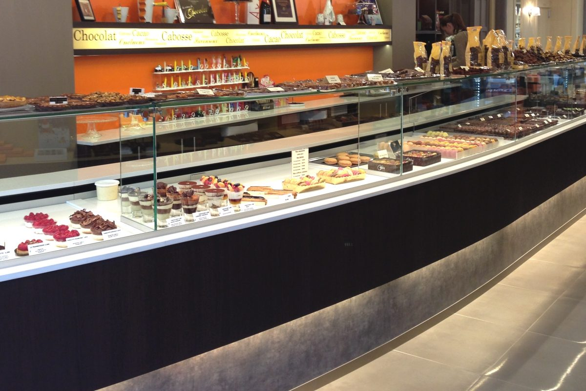 Specialist of your projects for food display units